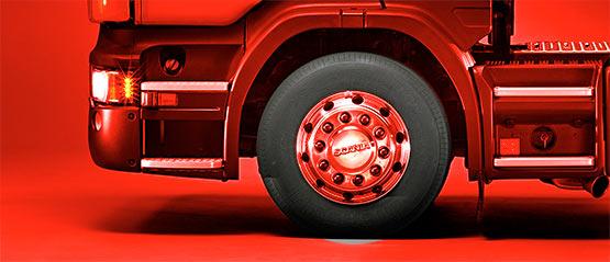 Anvelope pentru camioane şi vehicule grele